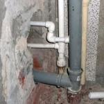Как выполнить монтаж канализационных труб