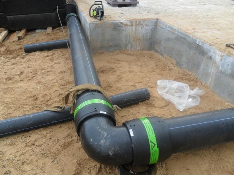 Монтаж водопровода из полиэтиленовой трубы своими руками