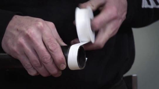Как намотать герметизирующую ленту на резьбу