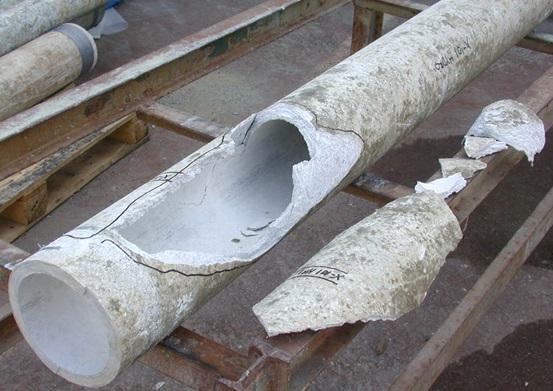 Результат действия высокой температуры на асбоцементную трубу