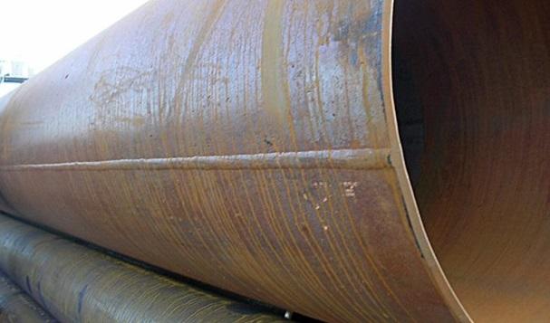 Стальная труба с прямым сварочным швом