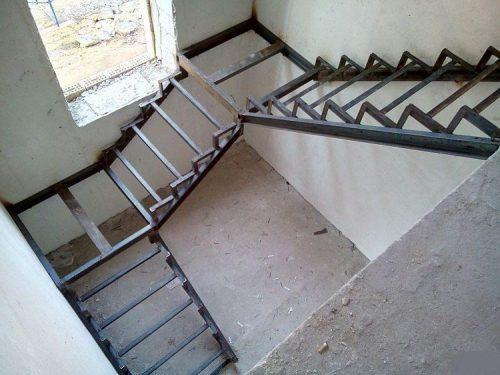 Готовый каркас маршевой лестницы