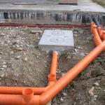 Как выполнить прокладку ПНД труб в земле