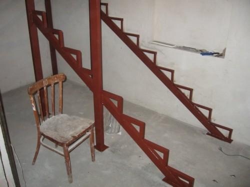 Готовое основание лестницы из труб