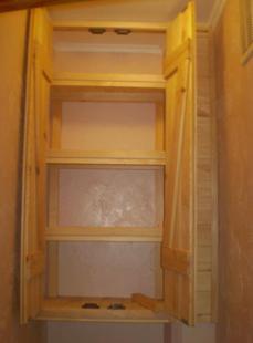 Установка двери и полок