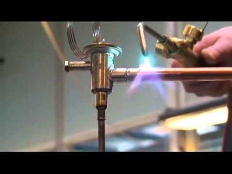 Пайка вентиля в системе кондиционирования