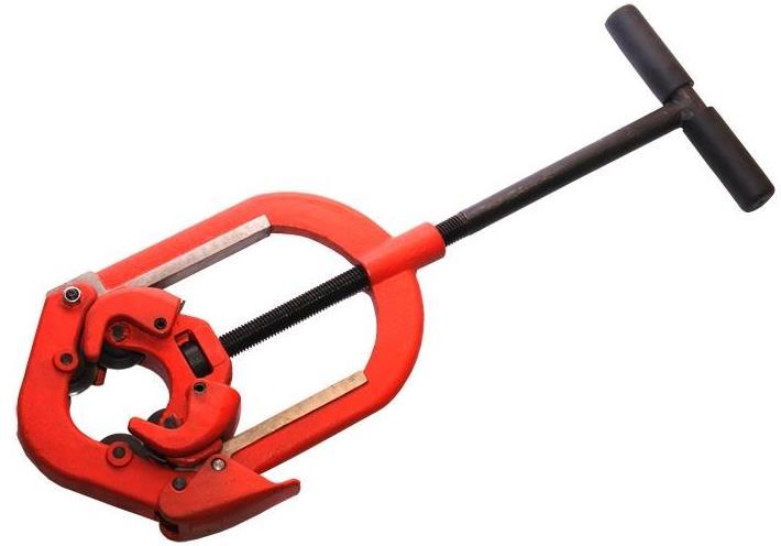 Оборудование с хомутом для зажима трубы